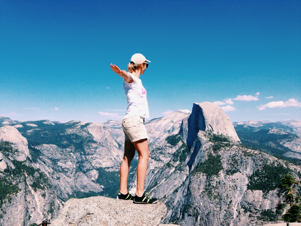 Spread your wings! Glacier Point, 2200m, Yosemite national Park.