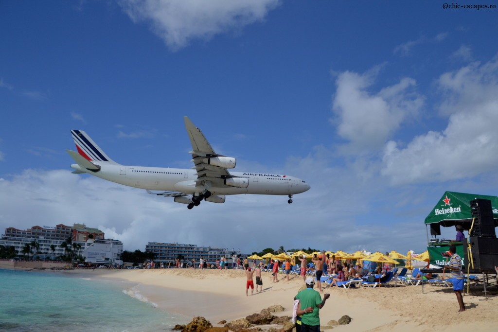 The coolest place for all spotters:) Princess Juliana and the landing of Airfrance Airbus! love it:)