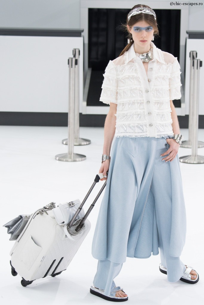 chanel-2016-luggage-style