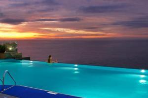 Dubai: Habtoor Grand Beach Resort & Spa